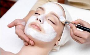 SkinScience Signature Facial & True Tranquility Back Facial ($75 Value)